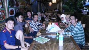 Kumpul Alumni SD: dari bukber sampai tepok nyamuk