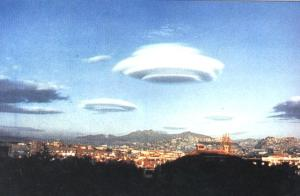 UFO di Langit Biru