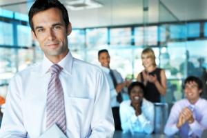Bos idola bisa bikin lo semangat kerja