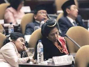 anggota DPR Tidur gak kasih manfaat untuk rakyat, makan gaji buta